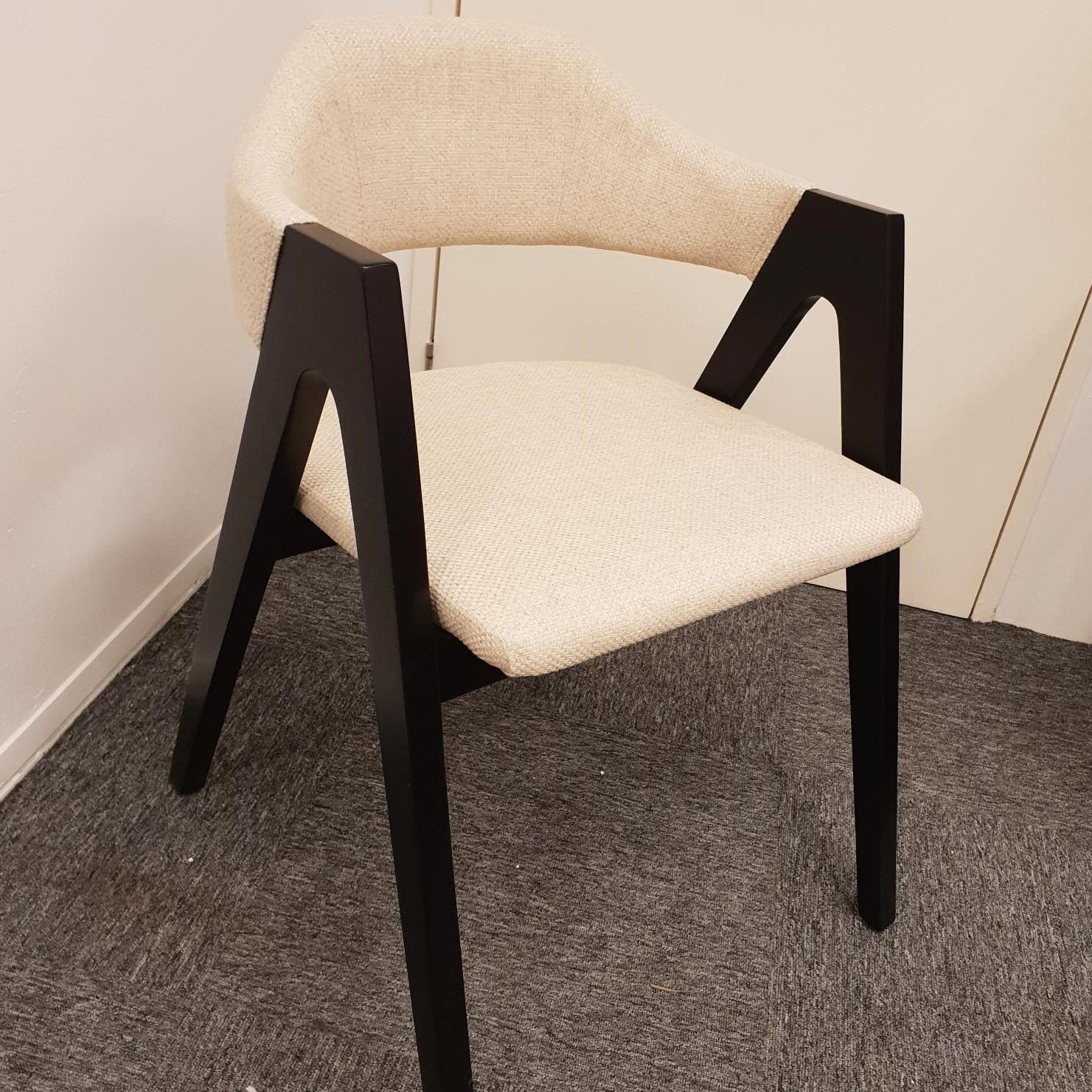 roselle chair